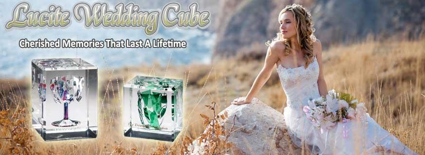 Lucite-wedding-glass-cube